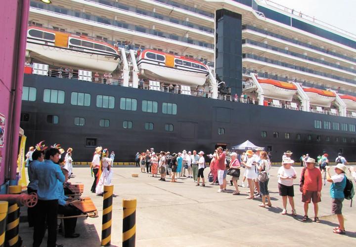 Turismo cerrará con casa llena